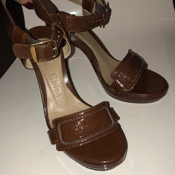 62130efd9c3 Chloe Shoes - CHLOE Patent leather open toed ankle strap sandal